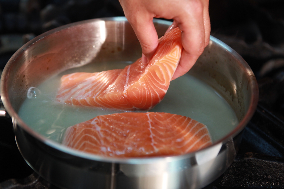 cookery methods boiling poaching Understanding and practical skills you require to boil, poach cooking methods prepare and cook food by boiling, poaching and steaming.