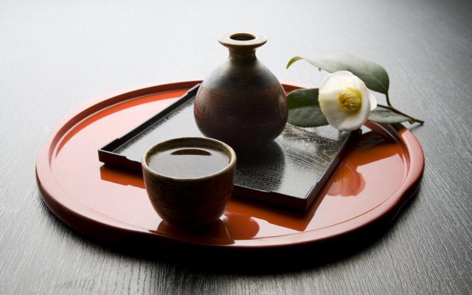 ΣΑΚΕ (sake)