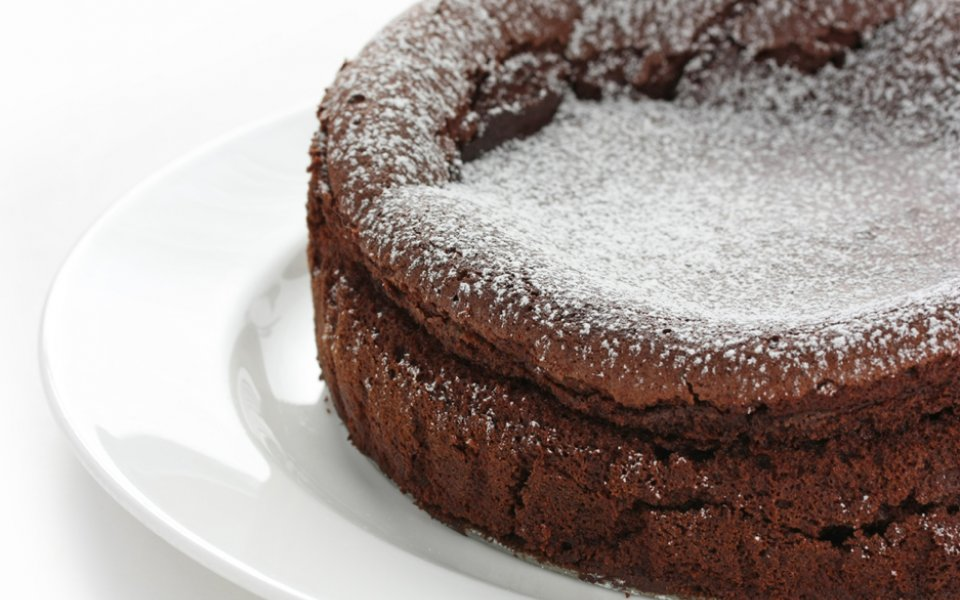 Soufflé: Why does it rise and then fall?
