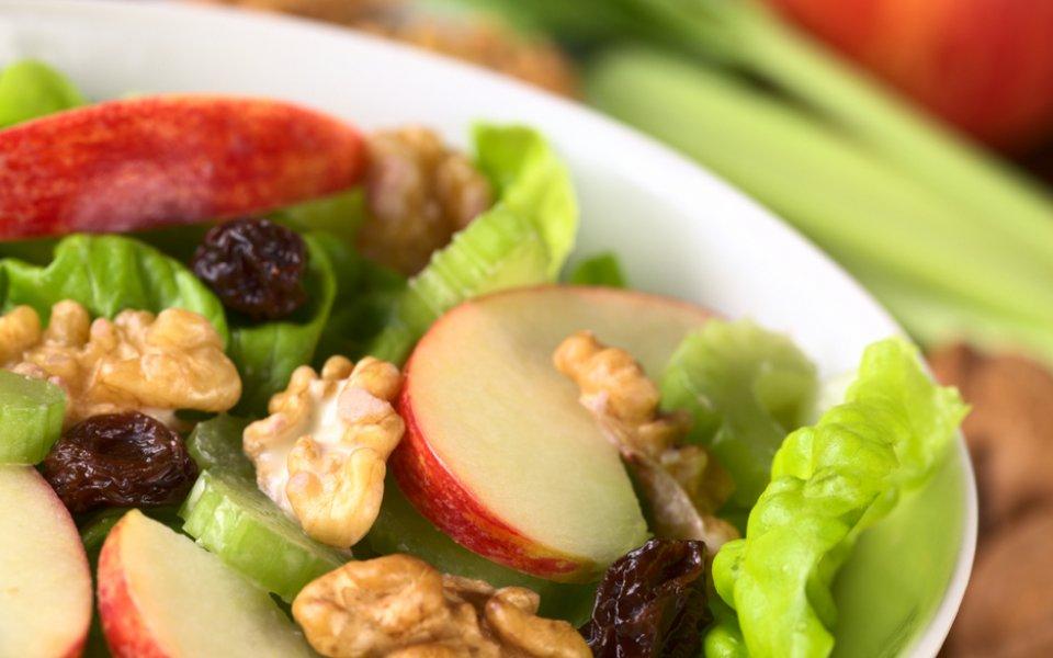 ΣΑΛΑΤΑ ΓΟΥΟΛΝΤΟΡΦ (waldorf salad)