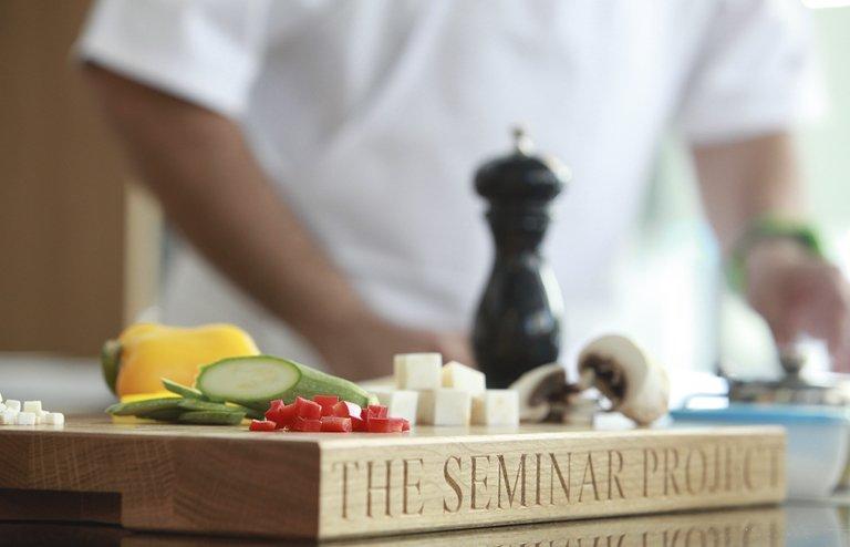 Ο πρώτος κύκλος μάθηματων για επαγγλεματίες βρίσκεται σε εξέλιξη στο The Seminar Project