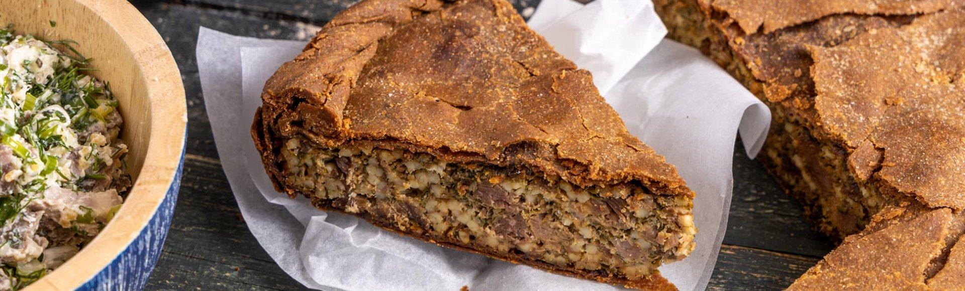 Πίτα με αρνί, τραχανά & μυρωδικά - Άγγελος Μπακόπουλος