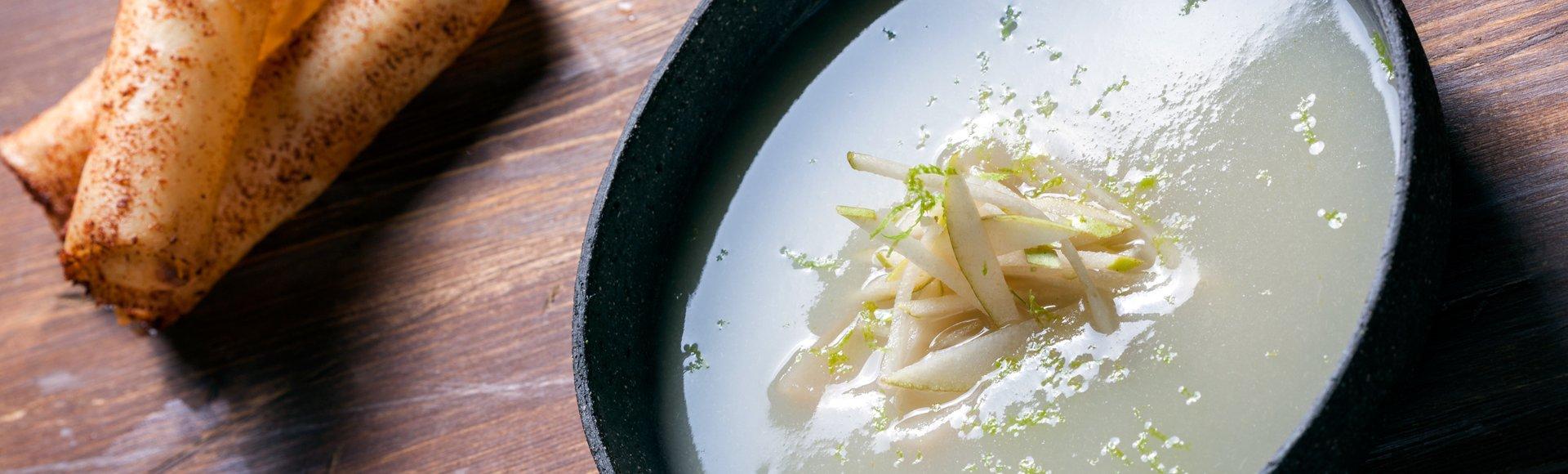 Γλυκιά σούπα αχλάδι