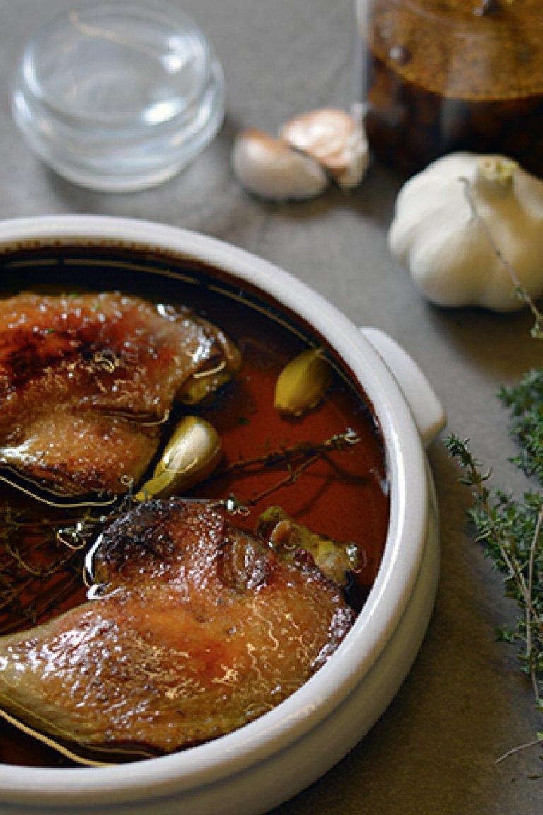 Πάπια κονφί με σταφίδες τουρσί