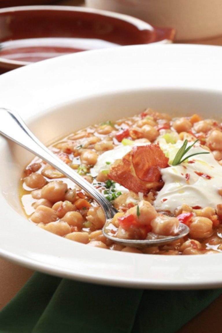 Ρεβιθάδα με θυμάρι, λεμόνι και ψητές γλυκές πιπεριές