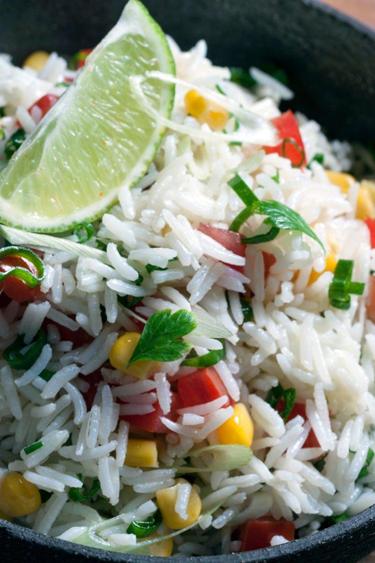 Ρύζι με καλαμπόκι και πιπεριές