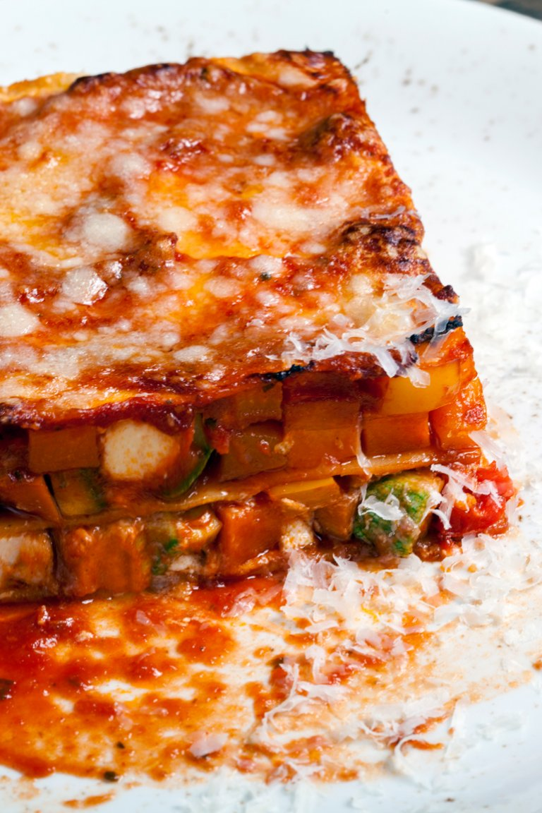 Lasagna with vegetables and xinomyzithra cheese