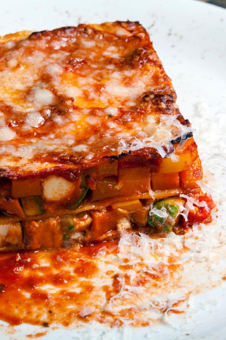 Λαζάνια με λαχανικά και ξινομυζήθρα
