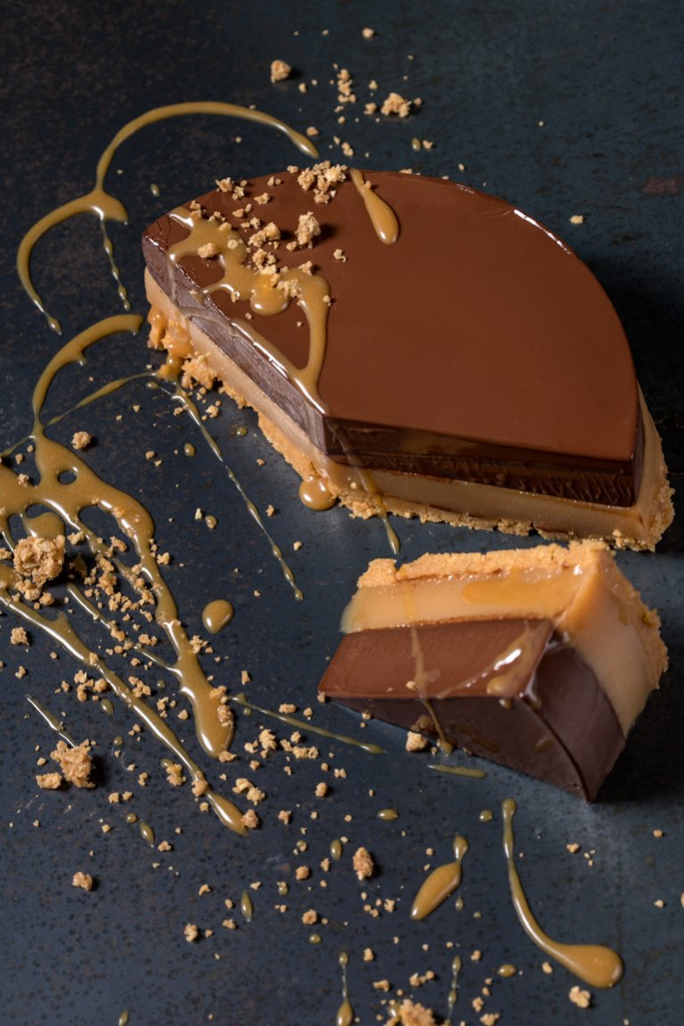 Chocolate and dulce de leche tart