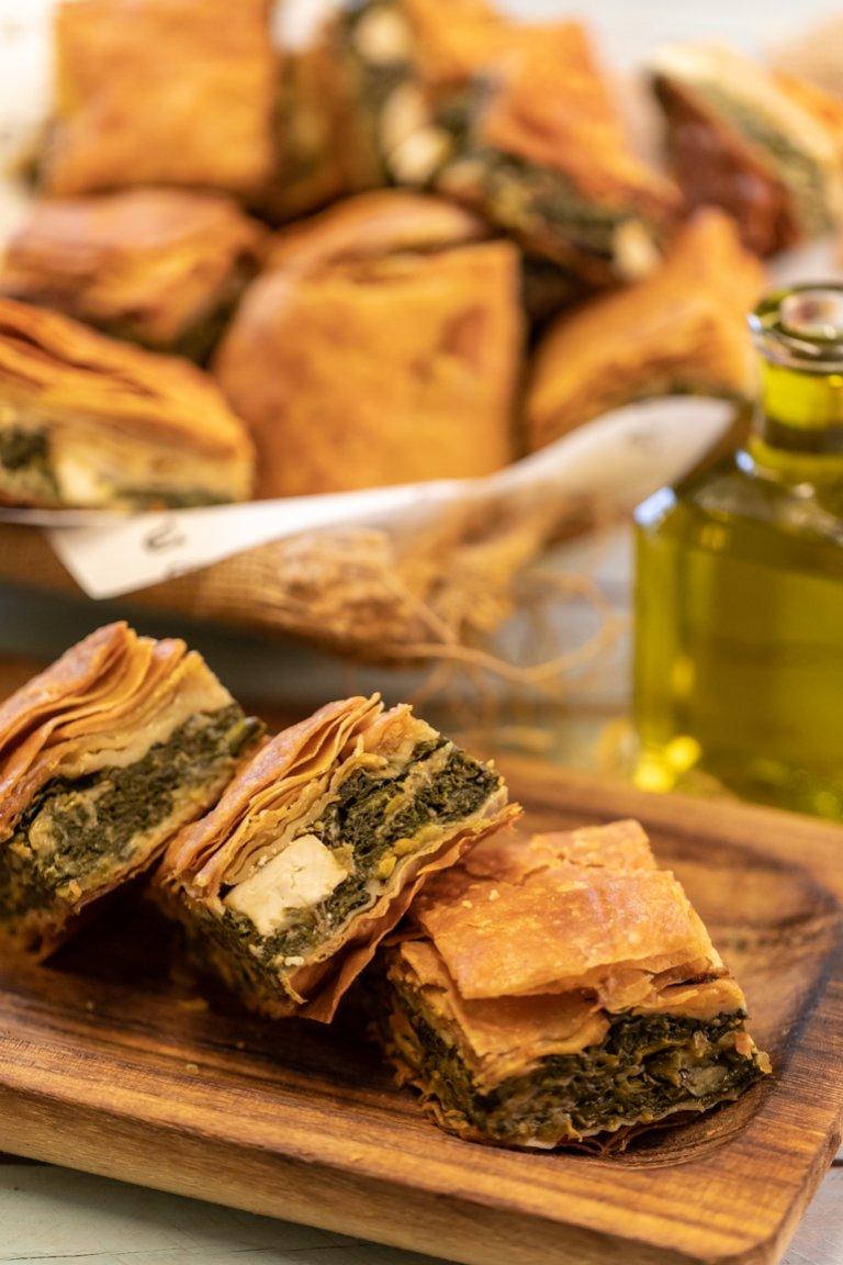 Spinach pie (Spanakopita)
