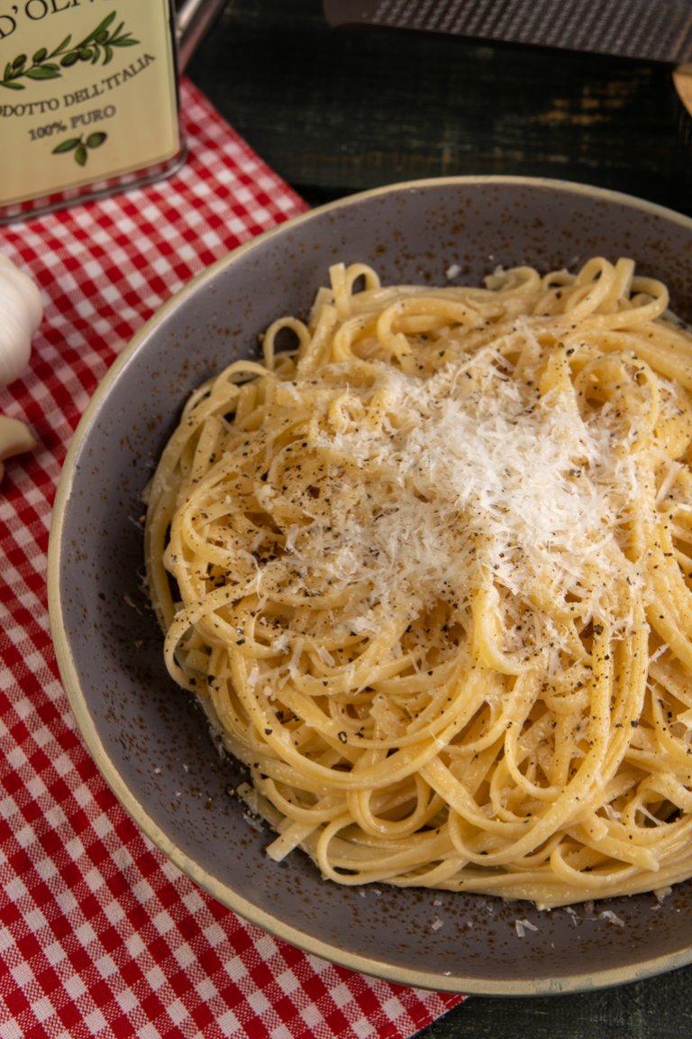 Λιγκουίνι aglio e olio