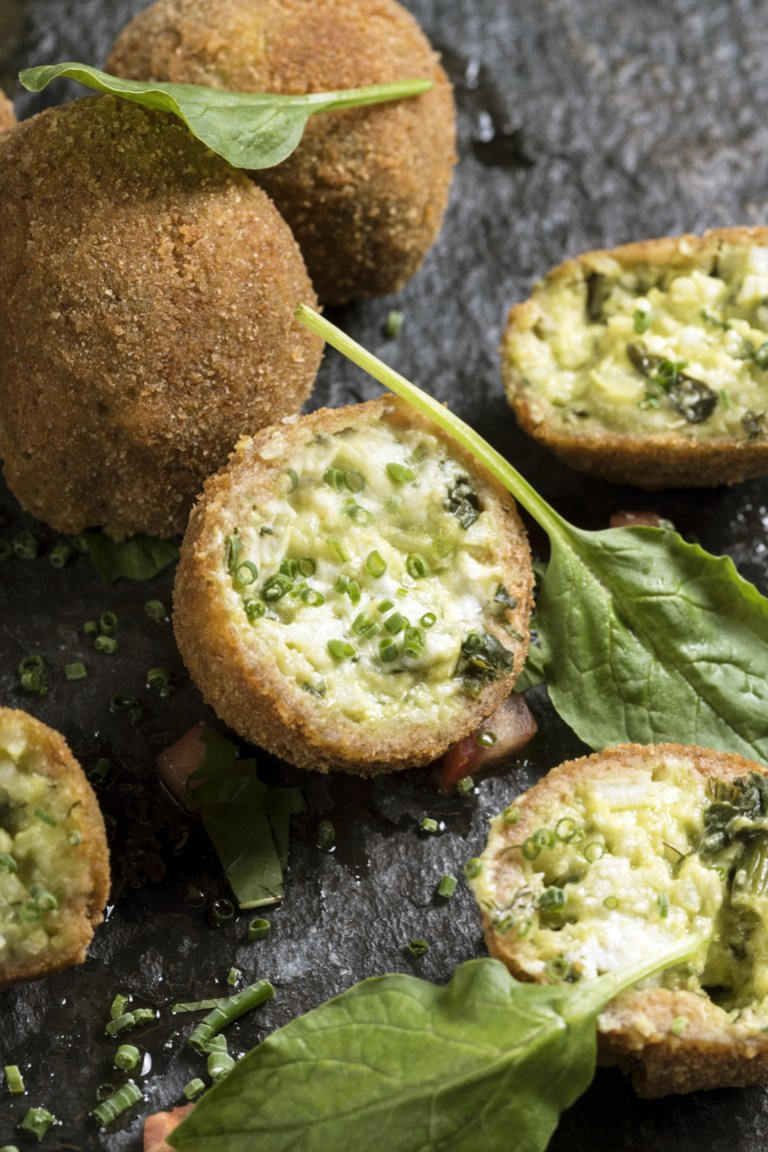 Spinach rice croquette