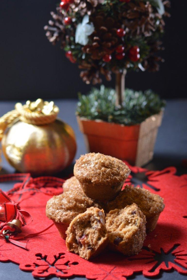 Χριστουγεννιάτικα μάφινς με κράνμπερι και κανέλλα