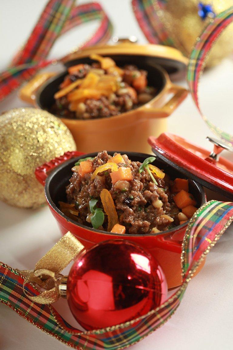 Γέμιση με κιμά, αποξηραμένα φρούτα και κάστανα