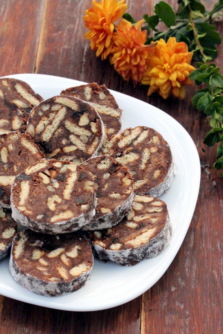 Μωσαϊκό σοκολάτας με crème anglaise πικραμύγδαλο