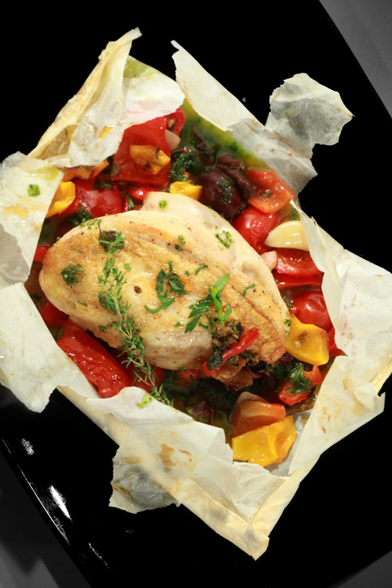 Chicken provençal baked in parchment paper