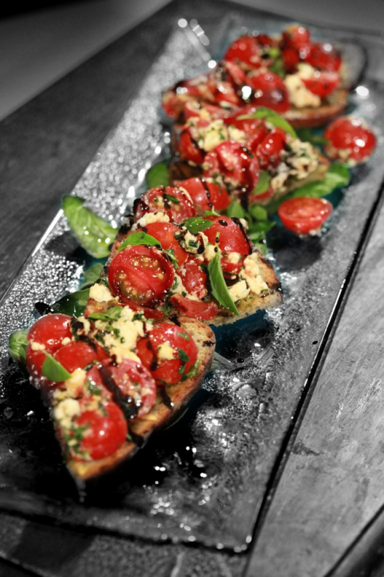 Tomato, feta and pesto bruschetta