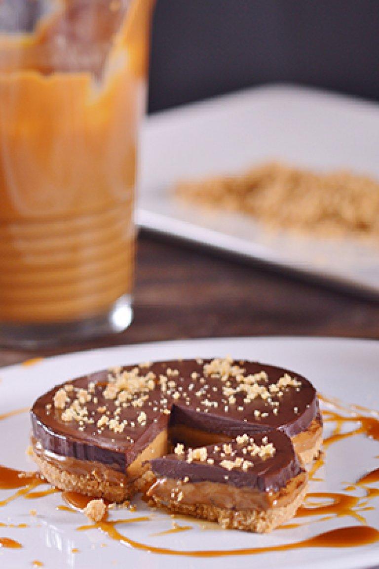 Τάρτα με καραμελωμένο γάλα και σοκολάτα